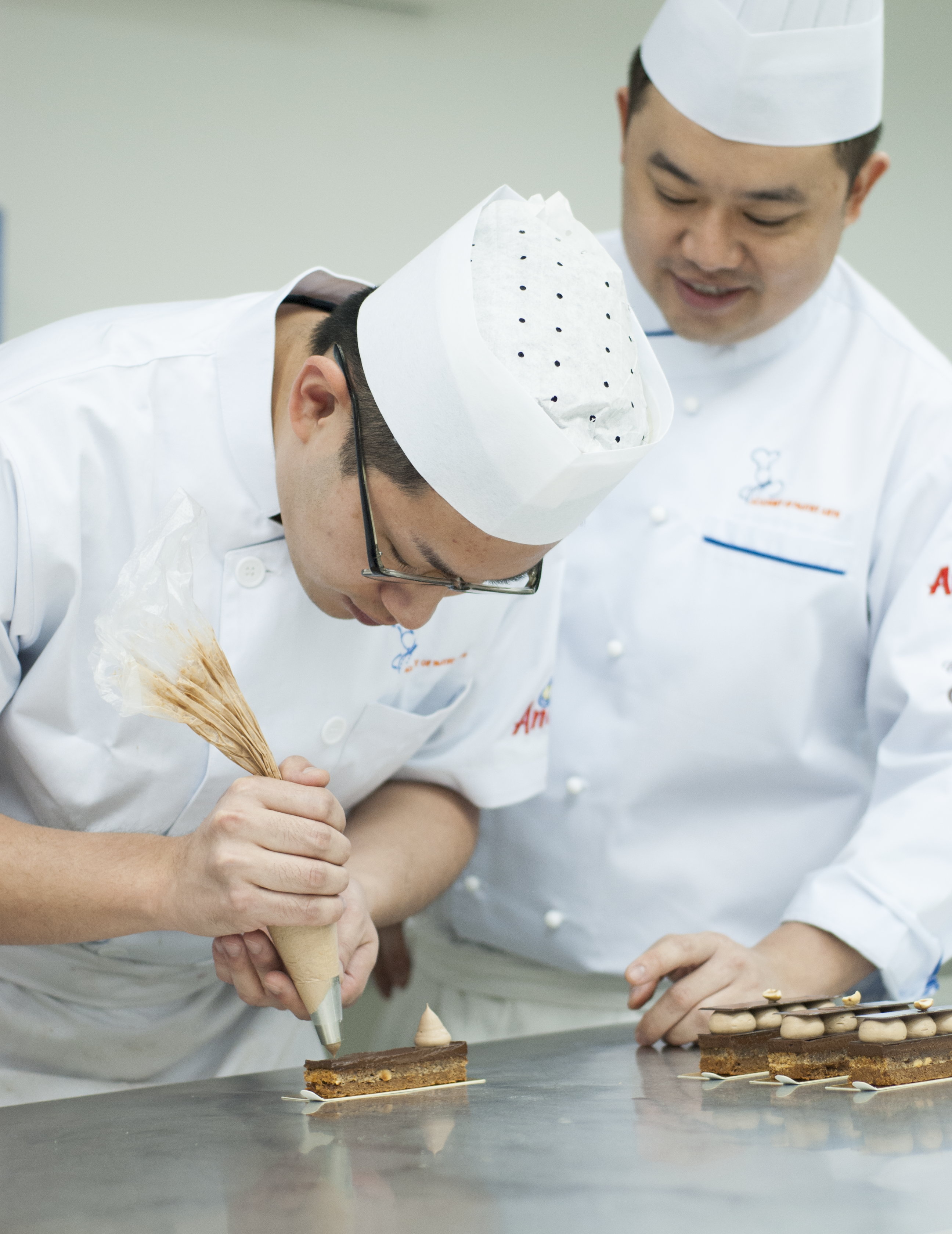 pastry chef la introduction - HD2592×3360
